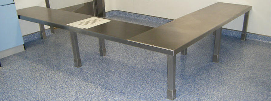 Kent's Stepover Benches for Cleanrooms