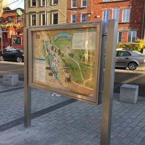 Kents anti-terrorism noticeboard on a street