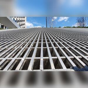 Kent's man access ventilation grille