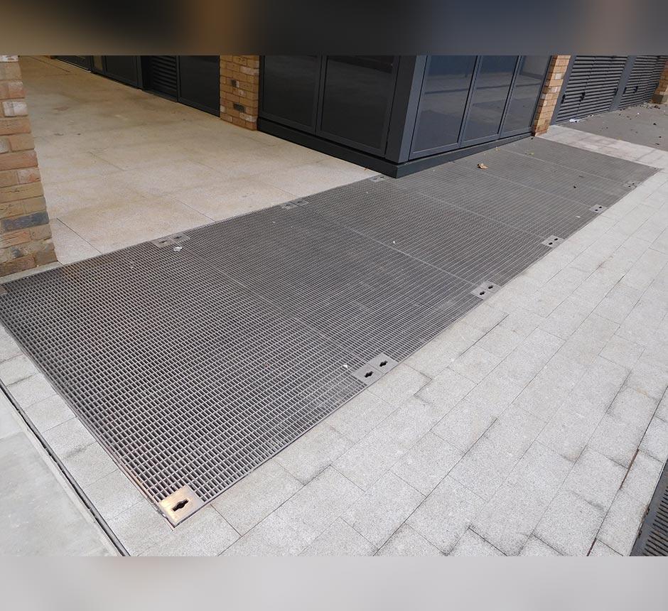 Kent's multi vent grille